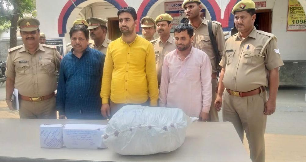 शामली पुलिस की बड़ी कामयाबी, 71 लाख का सोना और चांदी तीन आरोपियों के कब्जे से बरामद, एसपी ने दिया टीम को ईनाम
