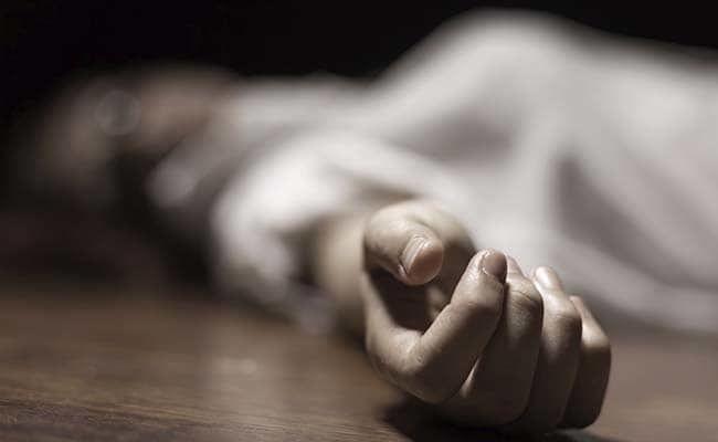 प्रयागराज में कोर्ट में बहस के दौरान वकील की मौत