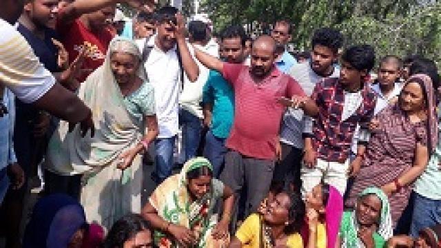 संतकबीरनगर में युवक की हत्या के बाद लगाया जाम