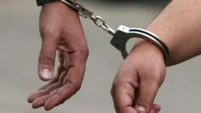 थाना-सेक्टर 20 पुलिस ने छात्र से लूटपाट में एक युवती समेत तीन लुटेरे को किया गिरफ्तार