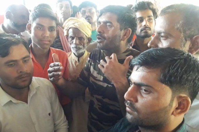 झांसी पुष्पेंद्र एनकाउंटर केस: तेजबहादुर यादव और उनके 36 समर्थक झांसी जेल से रिहा