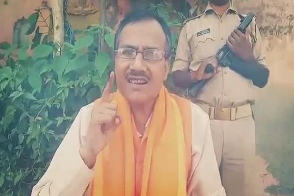लखनऊ : हिंदू समाज पार्टी के अध्यक्ष कमलेश तिवारी की दिनदहाड़े हत्या