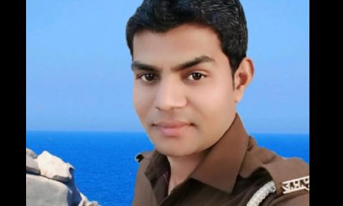 अमरोहा में मृतक सिपाही का शव रखकर किया NH 24 जाम, पुलिस ने की लाठीचार्ज बाद में एसपी ने समझाकर शव को हटवाया
