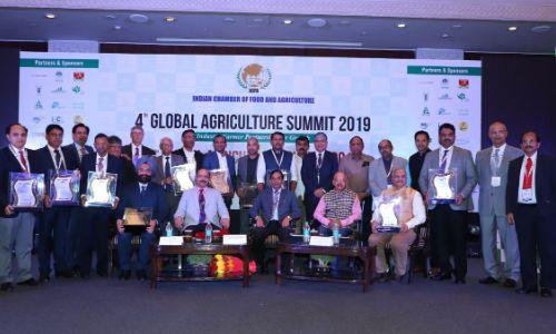 दिल्ली: 4th Global Agriculture Awards में डॉ त्रिलोचन महापात्रा ने किया 18 विशिष्ट व्यक्तियों, संस्थानों और राज्यों को सम्मानित