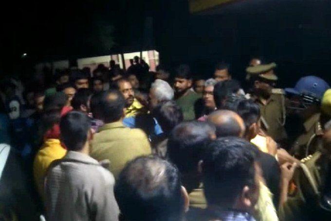 अमेठी में सरेआम बीजेपी नेता के बेटे की गोली मारकर हत्या, इलाके में तनाव