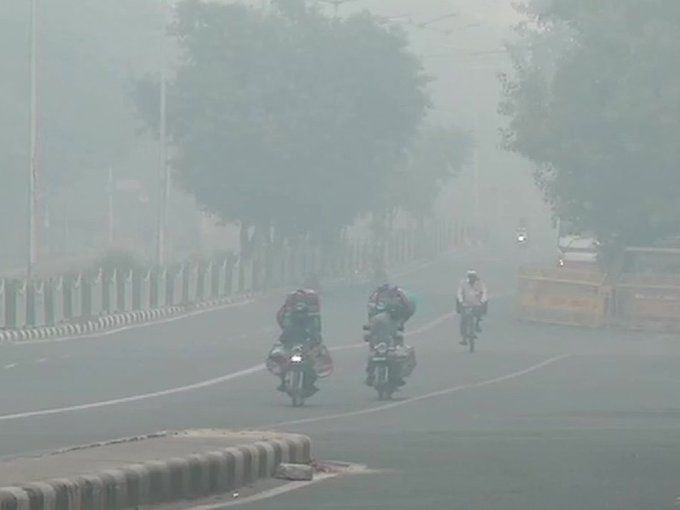 दिल्ली हुई और अधिक जहरीली, जानिए कितना बढ़ा आज प्रदुषण