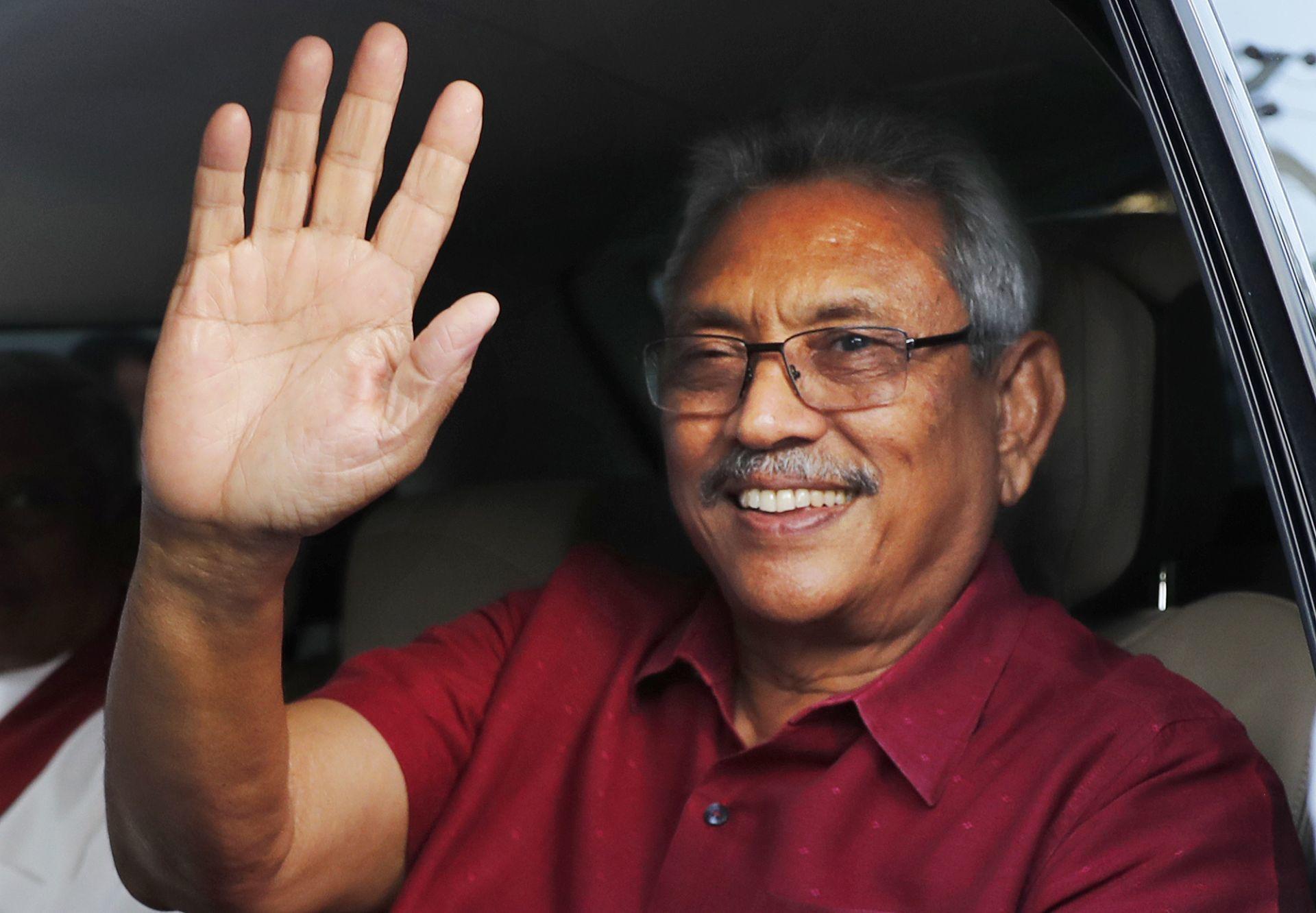 श्रीलंका : पूर्व रक्षा मंत्री गौतबाया राजपक्षे नए राष्ट्रपति चुने गए, सोमवार को शपथ लेंगे