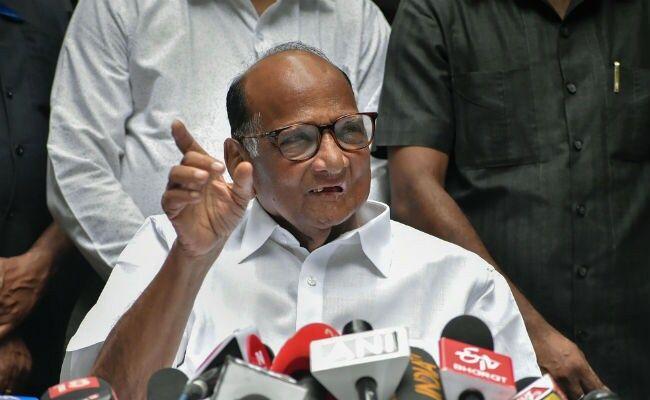 राहुल गांधी के विदेश जाने पर शरद पवार ने कसा तंज,  ऐसी बात सुनकर कसमसा जाएगी कांग्रेस