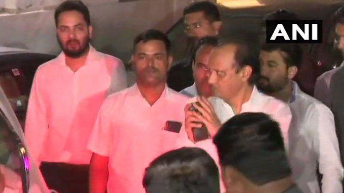 #Maharashtra में मिड नाइट सियासी ड्रामा, #CM फडणवीस से मुलाकात करने पहुंचे अजित पवार