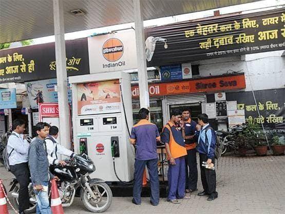 पेट्रोल पंप खोलने के नियम हुए आसान, ऐसे उठाएं मौके का फायदा