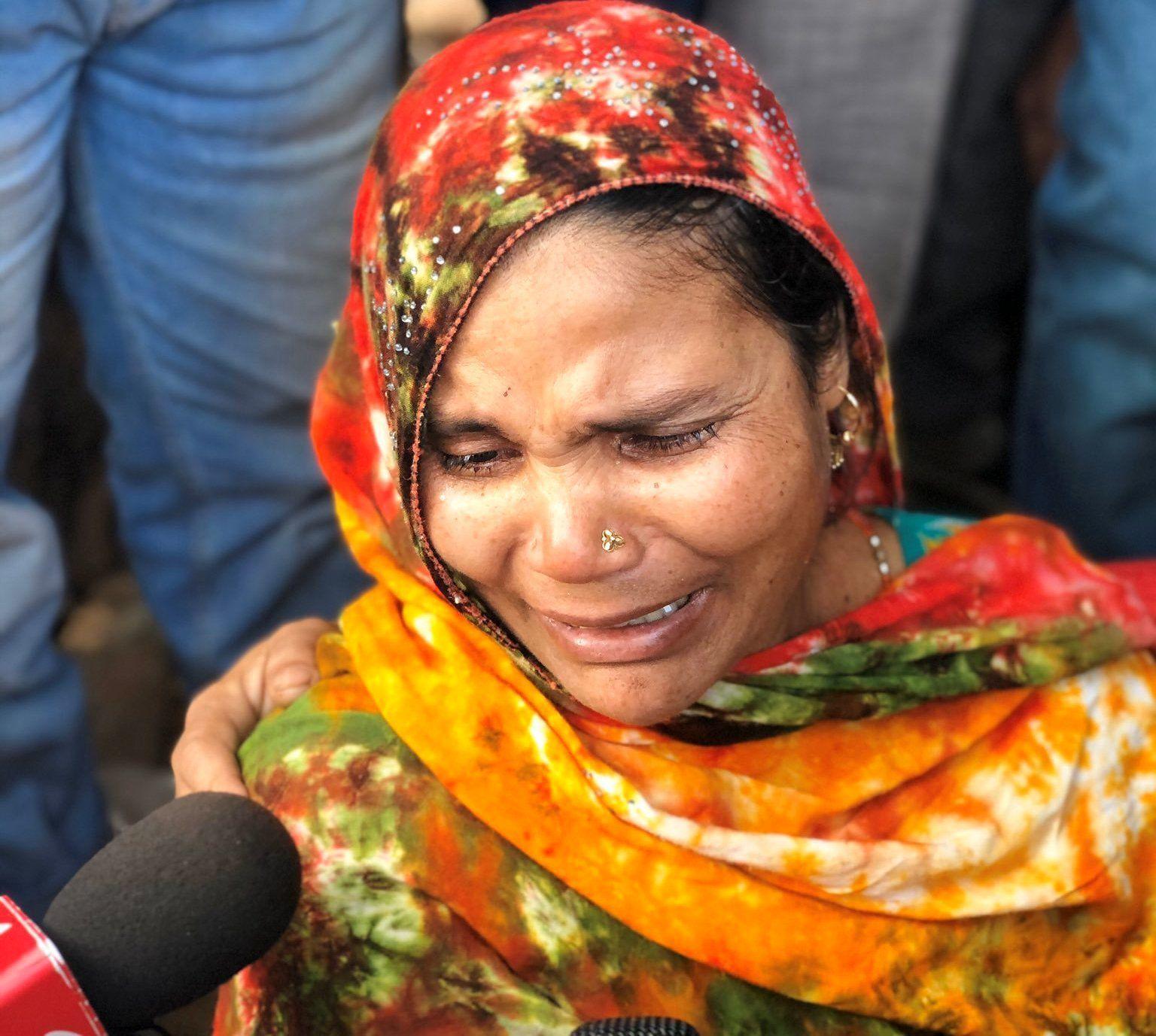 लाशों के ढेर पर झगड़ते आप और बीजेपी नेता, आखिर इतनी बड़ी त्रासदी का इन तीन में से जिम्मेदार कौन?