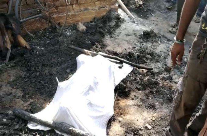 यूपी के प्रतापगढ़ जिले में दलित को चारपाई से बांधकर झोंपड़ी में जला दिया