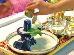 सोमवार को इस विधि से करें शिव शंकर की पूजा, खुल जाएगी आपकी किस्मत