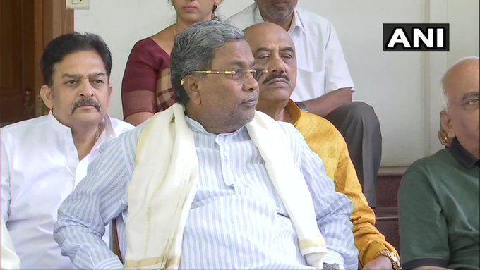 कर्नाटक उपचुनाव में कांग्रेस को लगा तगड़ा झटका, कांग्रेस के इस नेता ने सोनिया गांधी को भेजा इस्तीफा