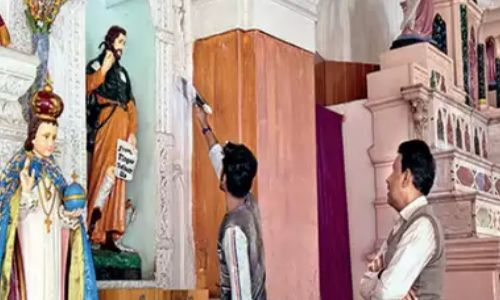 अनूठी मिसाल : जन्म से हैं हिंदू, चर्च को दान किए पांच लाख रु.