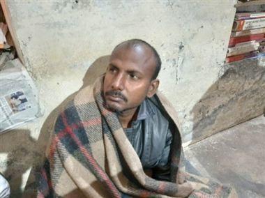 यूपी में बीजेपी विधायक के आवास के समाने युवक ने किया आत्मदाह का प्रयास, युवक को सात्विक तिवारी ने बचाया