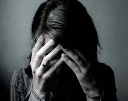 बढ़ती यौन हिंसा और प्रताड़ना के साये में महिलाएं,रिपोर्ट में हुआ ये बड़ा खुलासा