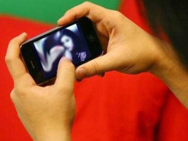 स्मार्टफोन पर पॉर्न देखने में 2019 में सबसे आगे भारत