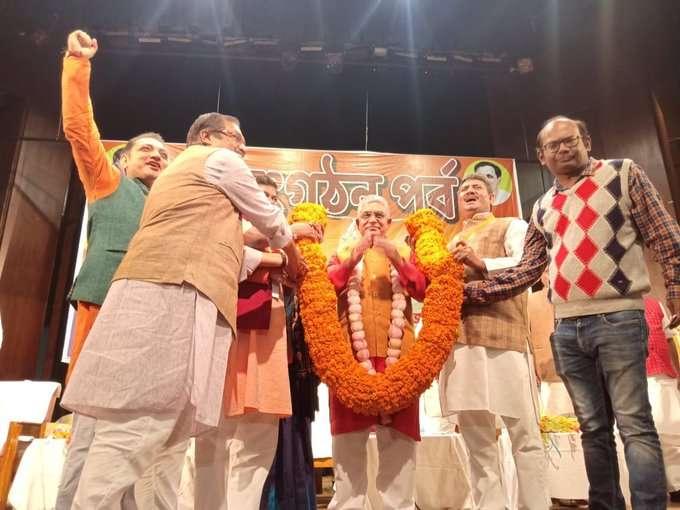 बीजेपी ने पश्चिम बंगाल का प्रदेश अध्यक्ष दिलीप घोष को बनाया