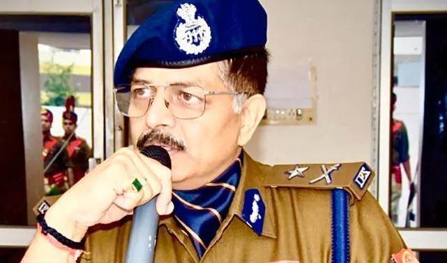 #NoidaPolice : कमीश्नर प्रणाली के लागू होने के बाद पुलिस कमिश्नर से लेकर थाना प्रभारी के मोबाइल नंबर जानिये