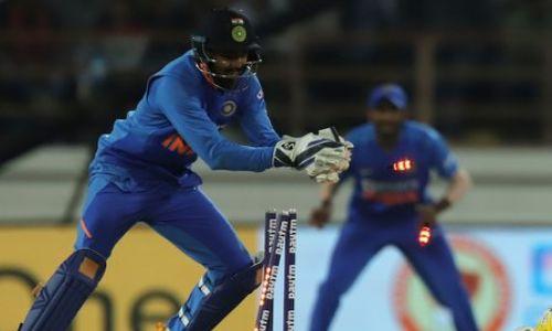 INDvsNZ: कोहली ने कहा- टी20 सीरीज में इस खिलाड़ी में हाथ में होगा विकेटकीपिंग ग्लव्स