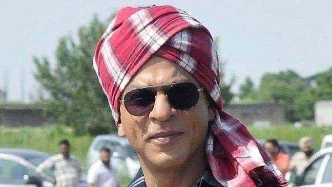 शाहरुख़ खान से एक शख्स ने किया सवाल, सारी फिल्में फ्लॉप हो रही हैं, कैसा लग रहा है, तब दिया शाहरुख ने ये जवाब!