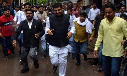 रेप के आरोपी BSP सांसद अतुल राय को पैरोल, अब लेंगे ये शपथ