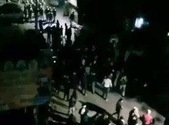 कानपुर में सीएए के खिलाफ प्रदर्शन कर रहे लोगों पर लाठीचार्ज, हालात तनावपूर्ण