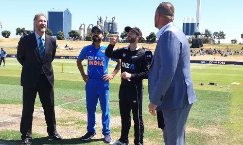 LIVE NZvsIND 3rd ODI: टीम इंडिया खराब शरुआत, शिखर एक बार फिर बिखरा