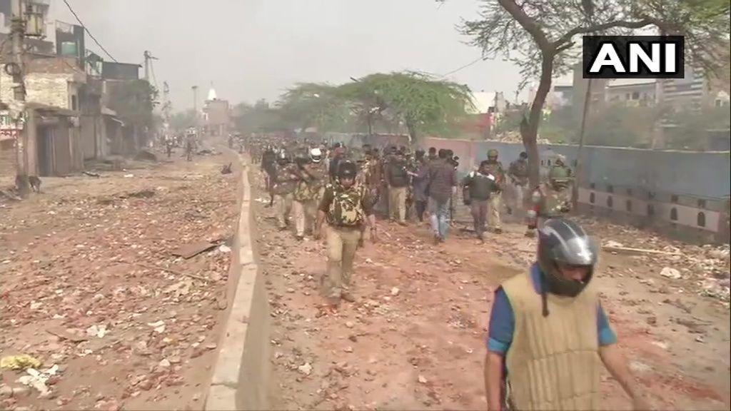 दिल्ली हिंसा पर हाईकोर्ट का कड़ा रुख, 5 घंटे में 3 बार करनी पड़ी सुनवाई, जानें सुनवाई की पूरी डिटेल