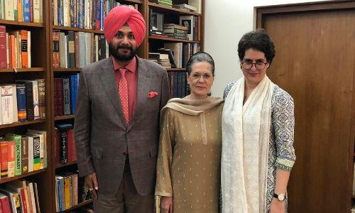 नवजोत सिद्धू ने सोनिया गांधी और प्रियंका गांधी से मिल की मंत्रणा