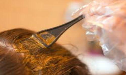 बालों को कलर करने वाले सावधान, हो सकता है बड़ा नुकसान
