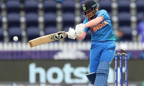 महिला टी-20 विश्व कप में शफाली वर्मा की तूफानी बल्लेबाजी के सामने श्रीलंका ने घुटने टेके, भारत अब...