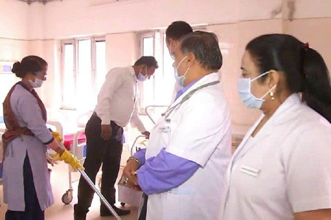 नोएडा, गाजियाबाद के बाद मेरठ में मिले कोरोना वायरस  के मिले 3 संदिग्ध, सैम्पल भेजे गए दिल्ली