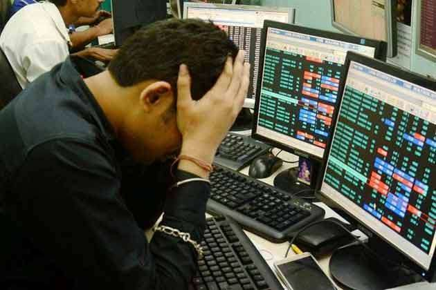 ध्वस्त हो गया शेयर बाजार, सेंसेक्स 2932 अंक लुढ़का, लोअर सर्किट के बाद कारोबार 45 मिनट के लिए रोका गया