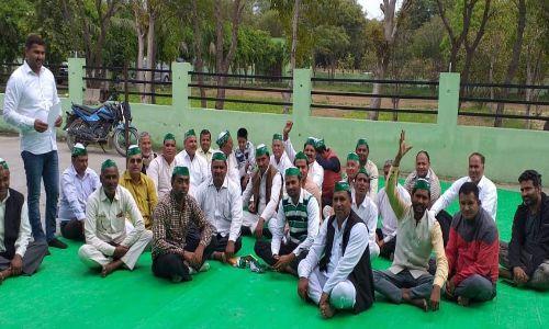 किसान एकता संघ ने की अपने दनकौर कैंप कार्यालय पर बैठक