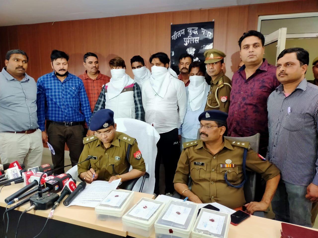 डीसीपी हरीश चन्दर के नेतृत्व में नोएडा पुलिस को मिली बड़ी सफलता, मुठभेड़ के दौरान सुन्दर भाटी गैंग के चार शार्प शूटर गिरफ्तार