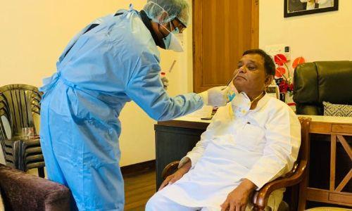 गाजियाबाद: मंत्री अतुल गर्ग ने कराया अपना कोरोना टेस्ट