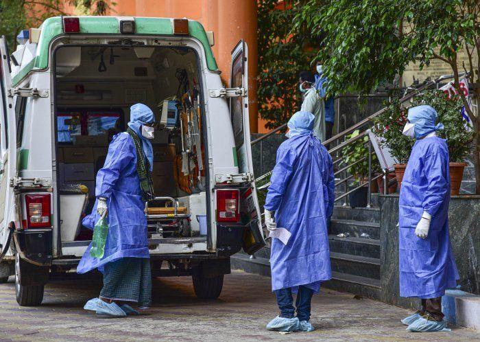 दिल्ली के इस मोहल्ला क्लिनिक के डॉक्टर हैं कोरोना संक्रमित, 12 मार्च के बाद उनसे मिलने वाले करा लें जांच