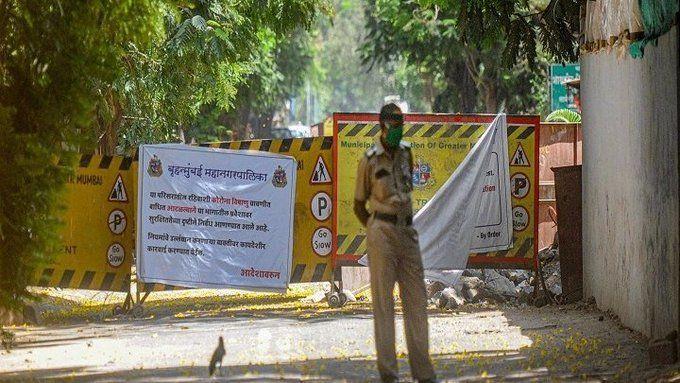 महाराष्ट्र में 714 पुलिसकर्मी कोरोना पॉजिटिव पाए गए