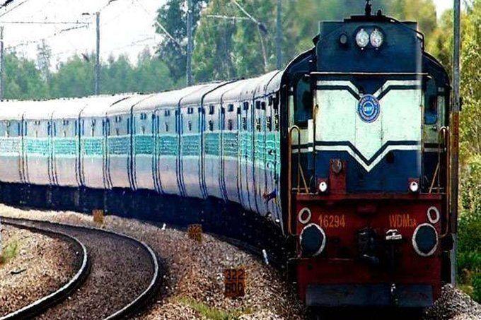 नोएडा से बिहार और यूपी के लिए कल जाएंगी 8 श्रमिक स्पेशल ट्रेनें, जानिए टाइम टेबल