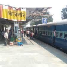 बिजनौर: श्रमिक स्पेशल ट्रेन से उतरे 150 प्रवासी मज़दूर