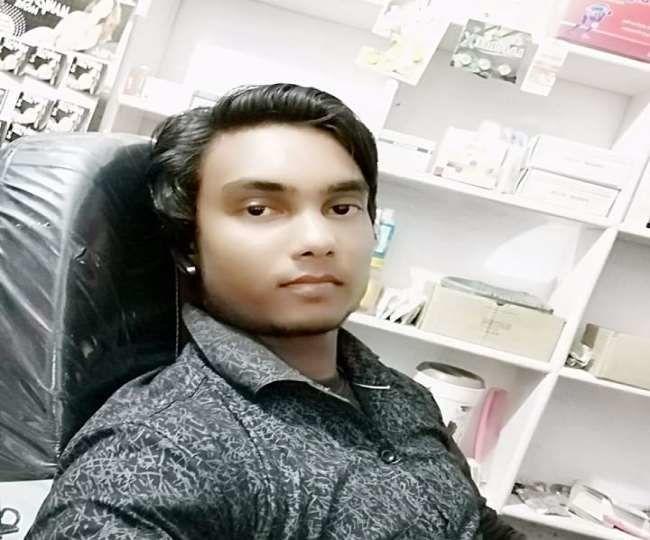 अलीगढ़: बड़े भाई ने पहले पत्नी फिर खुद को मारी गोली, आवेश में आकर छोटे भाई ने भी कर ली आत्महत्या, बनाया वीडियो