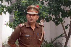 शिवराजपुर थाने के एसओ महेश यादव ने शहीद होने से चंद सेकेंड पहले किया फोन और बोले....