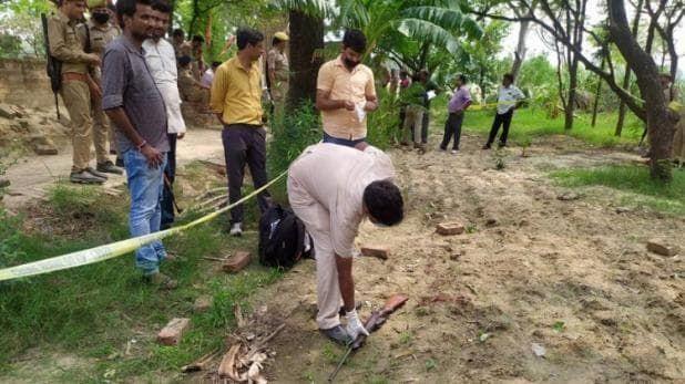 Kanpur Encounter LIVE Updates: SSP के सीने में लगी थी गोली, आईजी के सिर के पास से गुजरी बुलेट