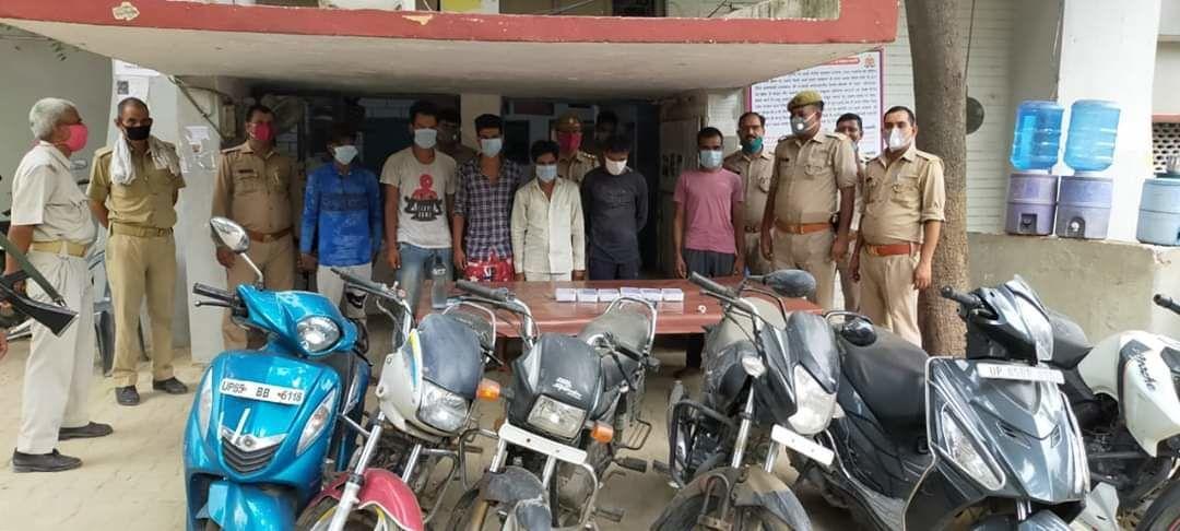 मथुरा पुलिस ने मोबाइल और बाइक चोरों को किया गिरफ्तार