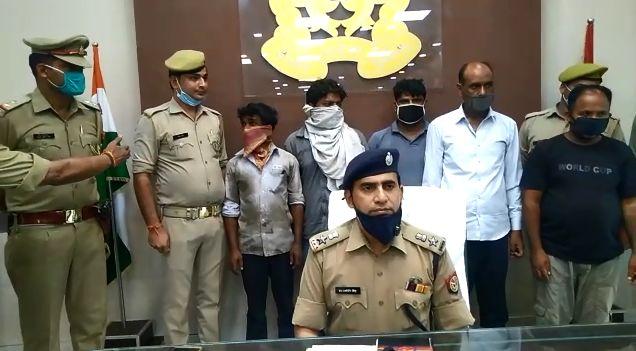 बिजनौर में चोरी करने वाले दो चोर गिरफ्तार