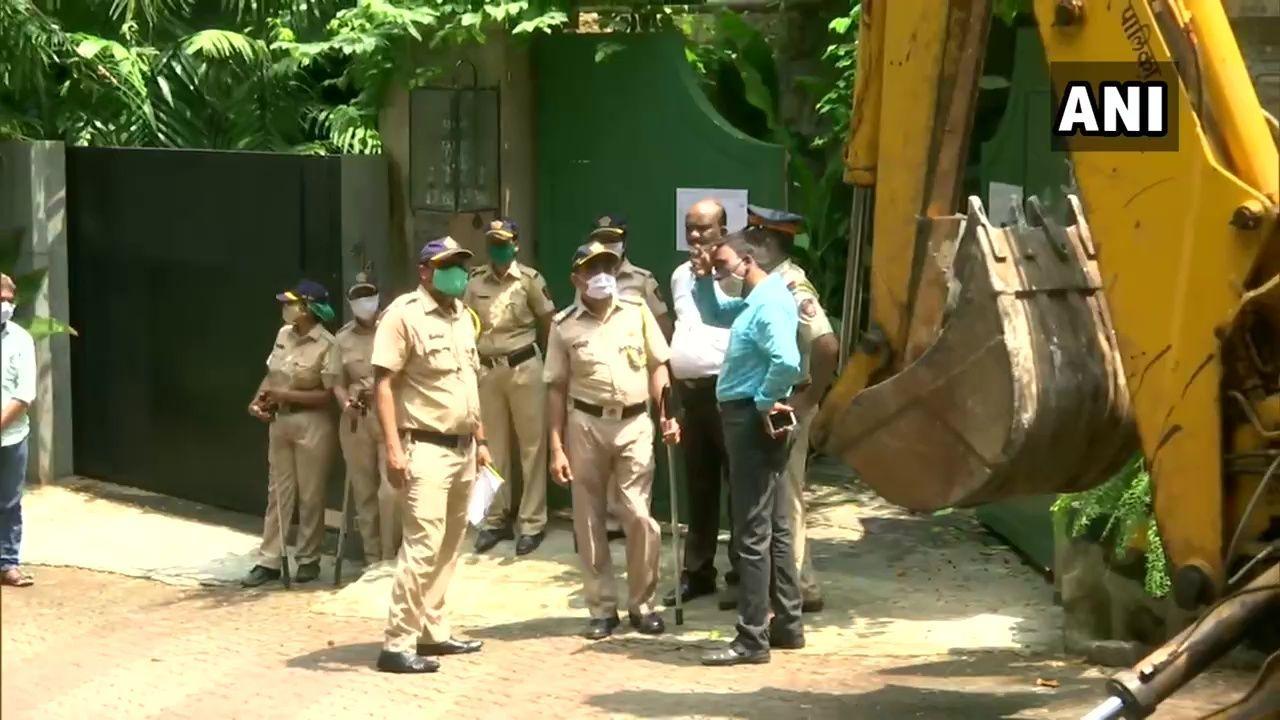 कंगना रनौत को मिली मुंबई हाईकोर्ट से राहत बीएमसी को झटका