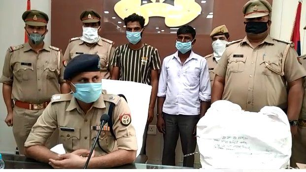 बिजनौर: पुलिस ने अवैध असलहा फैक्ट्री का किया भंडाफोड़, पंचायत चुनाव को देखते हुए बन रहे थे अवैध असलाह